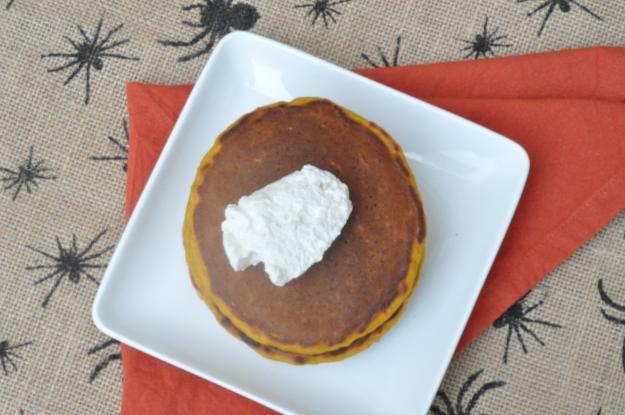 PumpkinOatmealPancakes2
