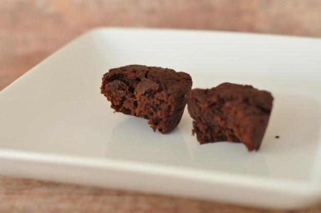 minichocolatecakes3.jpg