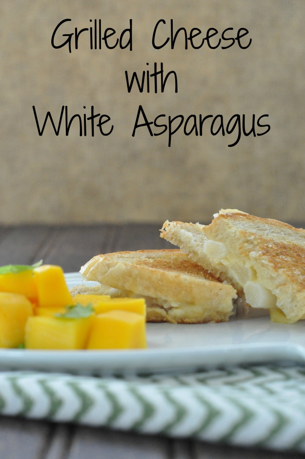 Grilled Chese with White Asparagus