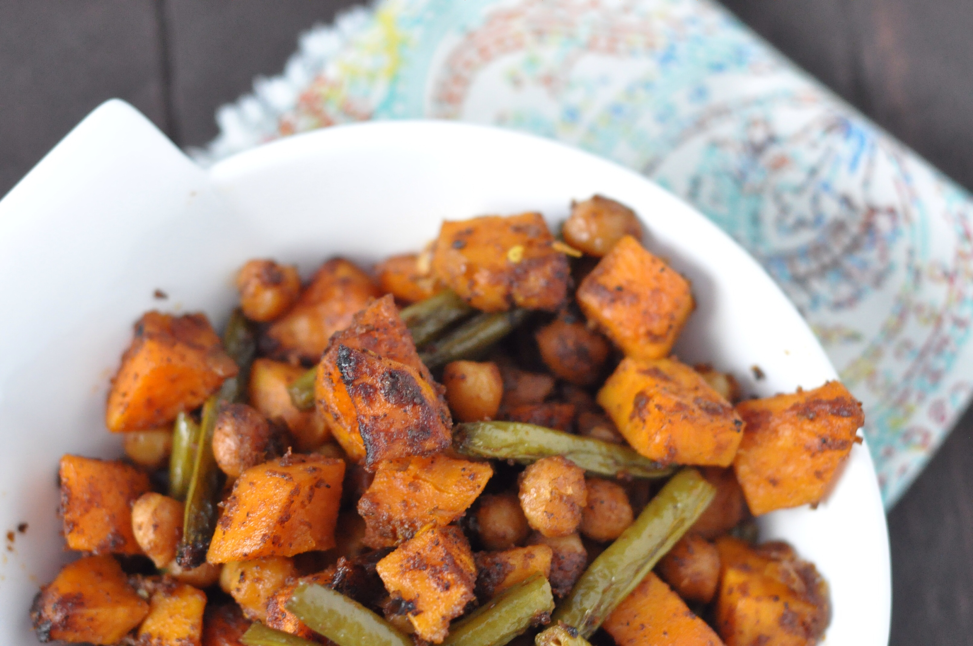 Curry Roasted Green Beans, Sweet Potatoes and Chickpeas | Feeding My 3 ...